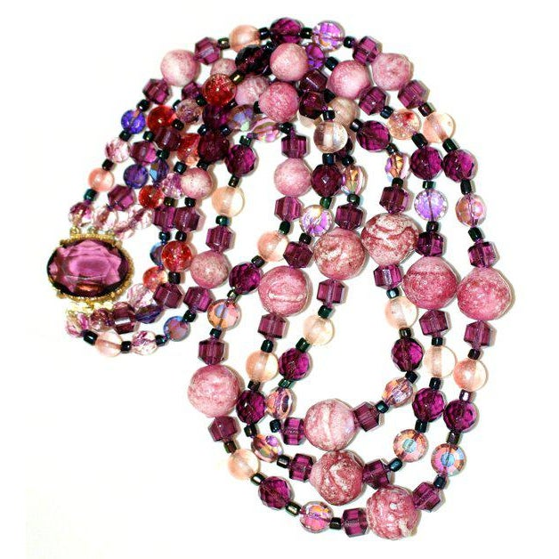 Mid-Century Modern 1950/60s Vintage Multi Strand Pink and Purple Necklace With Jeweled Clasp For Sale - Image 3 of 6