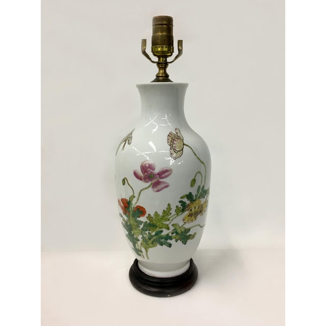 Asian Vintage Chinese Flowers and Butterflies Vase Lamp For Sale - Image 3 of 4