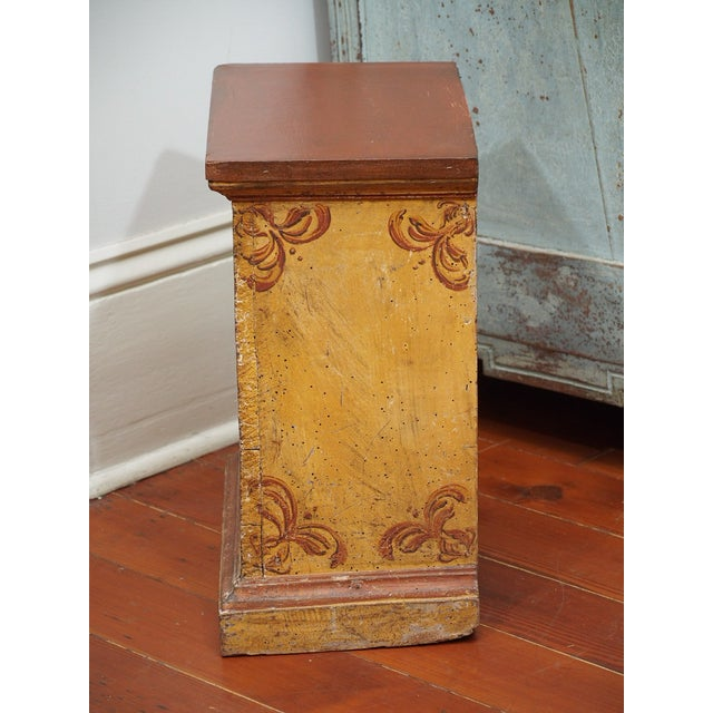 Small, Early 19th Century Painted Table For Sale In New Orleans - Image 6 of 8