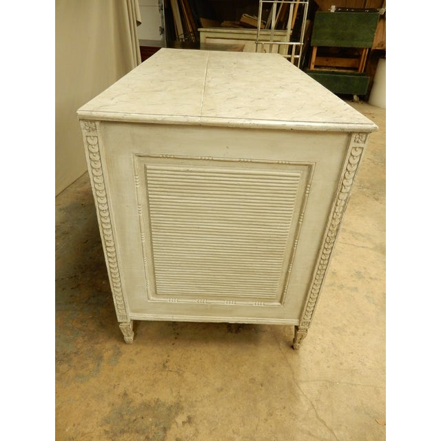 Large Painted 18th Century Northern European Commode For Sale In New Orleans - Image 6 of 11