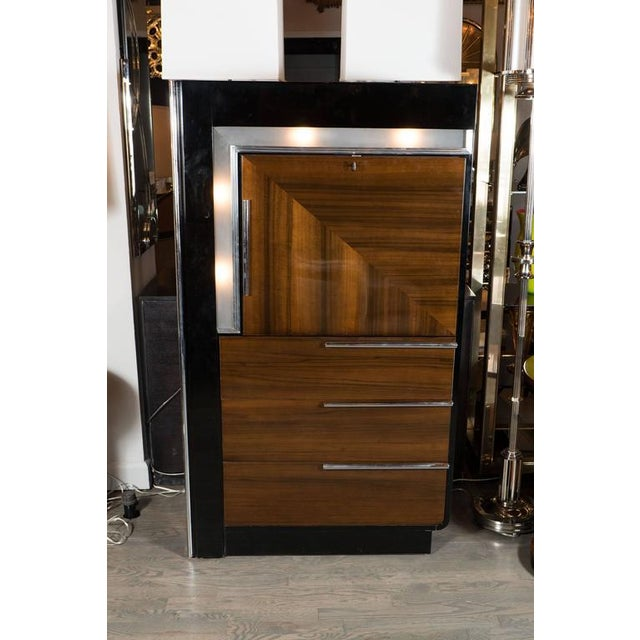 Art Deco Art Deco Bar Cabinet in Walnut and Black Lacquer For Sale - Image 3 of 10
