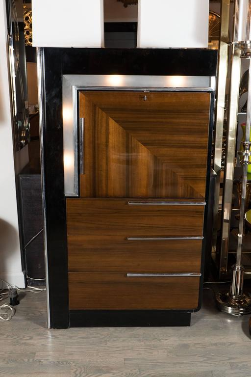 Art Deco Art Deco Bar Cabinet In Walnut And Black Lacquer In The Manner Of  Donald