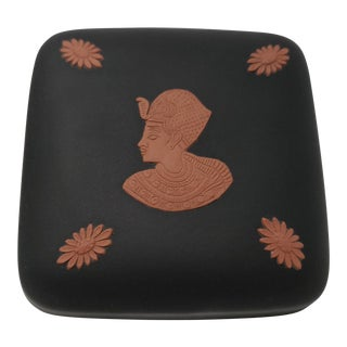 Vintage Wedgewood Black Basalt Egyptian Motif Trinket Box For Sale