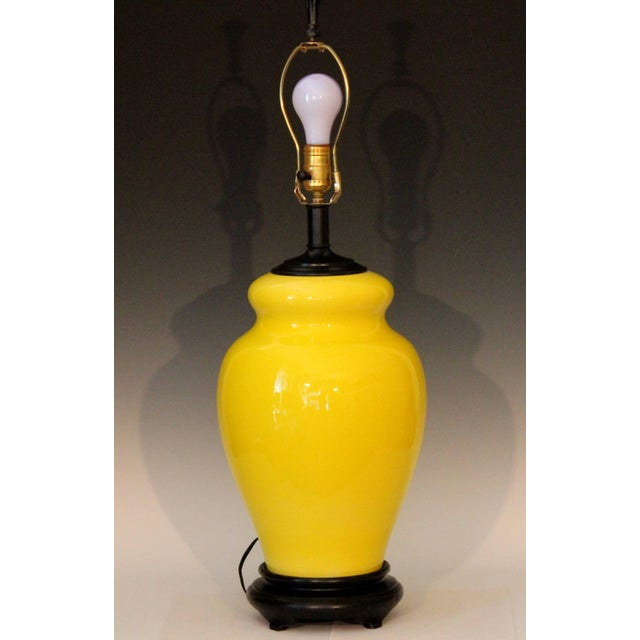 Large Bagni hand-turned Italian pottery gourd form lamp in atomic yellow crackle glaze, circa 1960s. Great splash of color...