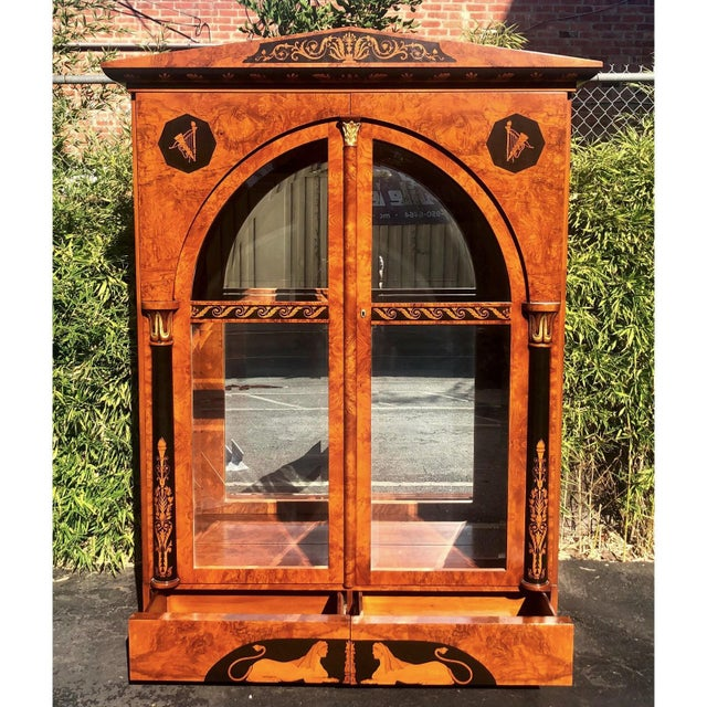 Neoclassical Versace Style Giemme Italian Neoclassical Inlaid Breakfront China Display Cabinet For Sale - Image 3 of 7