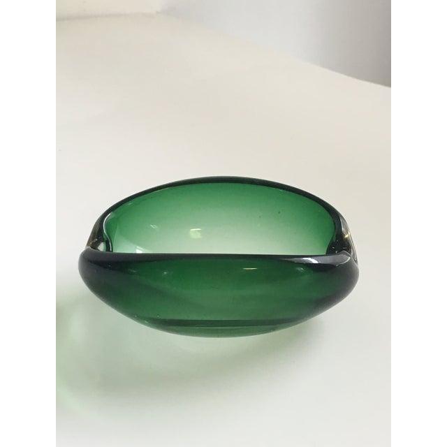 Alfredo Barbini Alfredo Barbini Murano Glass Green Ashtray For Sale - Image 4 of 7