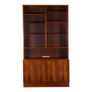 Danish Mid-Century Modern Rosewood Bookcase Over Cabinet by Poul Hundevad For Sale