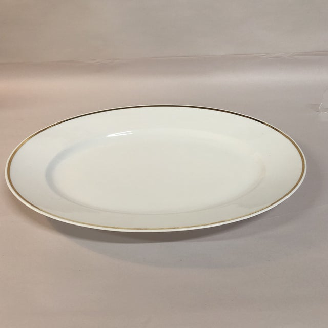 Exuding Classical Elegance, This Simple White Or Off White Oval Dished Serving Platter Or Charger - Made In Italy By...