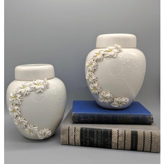1980's Dorothy Okumoto Hawaiian Porcelain White Ginger Jars With Plumeria Flowers - A Pair Preview