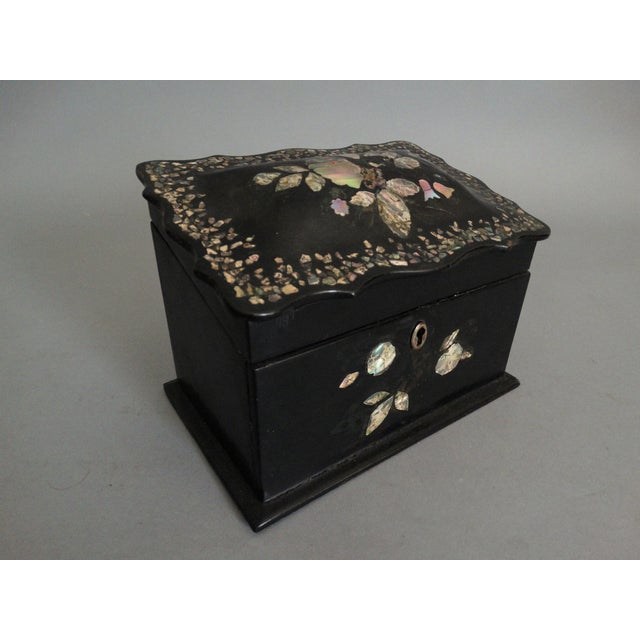 Late 19th Century 19th-C. English Papier Mache Mother-Of-Pearl Box For Sale - Image 5 of 7