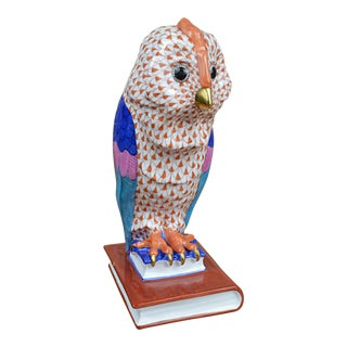 Herend Porcelain Owl on Books, Facing Right
