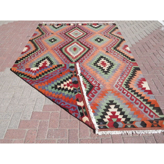 "Vintage Handwoven Turkish Kilim Rug - 6'4"" x 9'6"" - Image 8 of 8"
