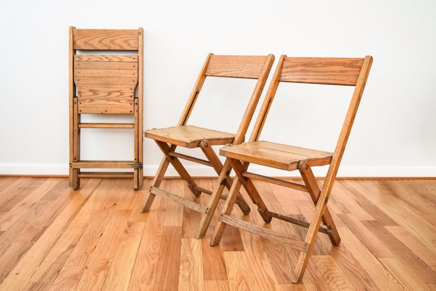 Charmant NOTE: Only 1 Chair Remaining. Three Have Been Sold. U2022 Antique Wood Folding