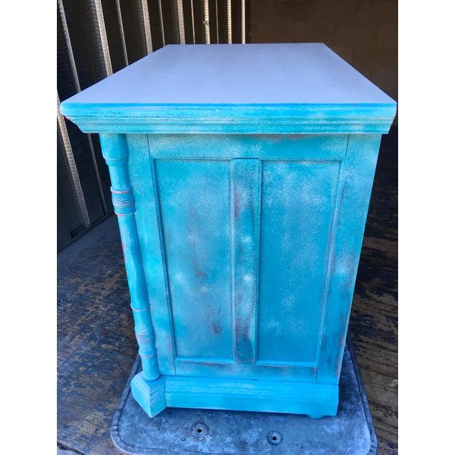 1980s Pulaski Furniture Nightstand W/ Crystal Pulls For Sale - Image 13 of 13