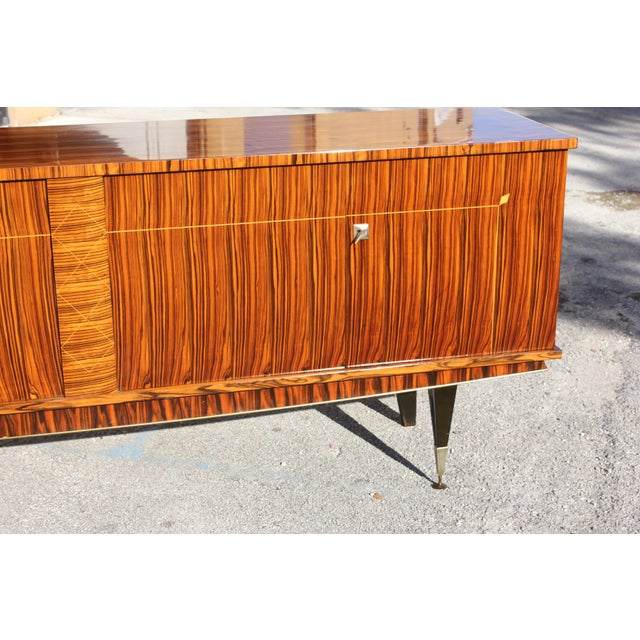 1940sArt Deco Exotic Macassar Ebony Sideboard / Buffet For Sale - Image 11 of 13
