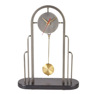 Minimalist Modern Mantle Clock by the Design Institute of America For Sale