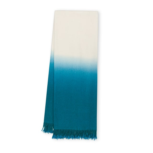 100% Baby Alpaca Dip-Dyed Throw For Sale - Image 4 of 4