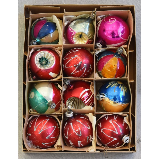 Adirondack Vintage Colorful Christmas Ornaments W/Box - Set of 12 For Sale - Image 3 of 12