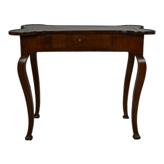 French Provincial Side Table With Semi-Quatrefoil Shaped Top For Sale