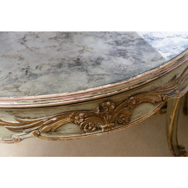 Italian Large Oval Painted Louis XV Style Table With Antiqued Mirrored Top For Sale - Image 11 of 13