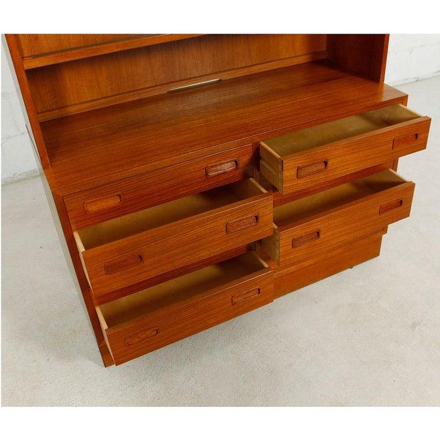 Danish Modern Teak Bookcase Display Cabinet - Image 6 of 8