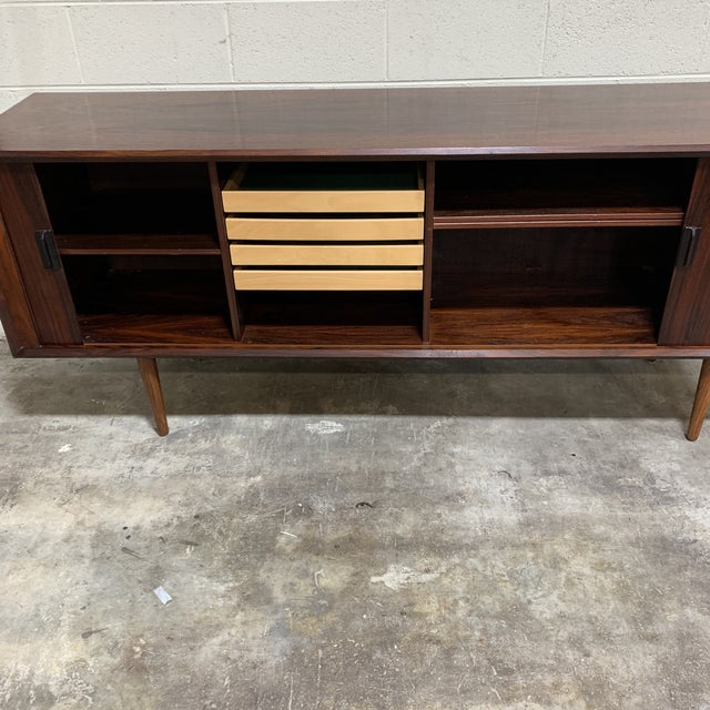 Mid Century Rosewood Credenza Tambour Doors For Sale In Richmond - Image 6 of 13