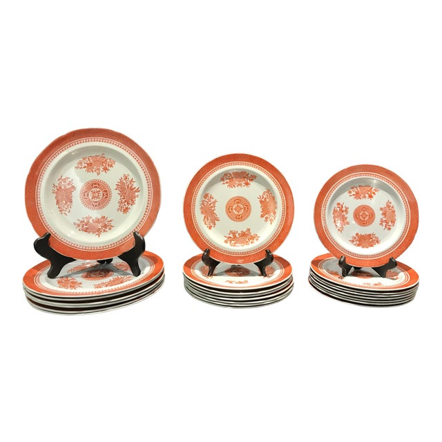1950s Coral Copeland Spode Fitzhugh Plates 3 Piece Service for 8 - Set of 26 For Sale