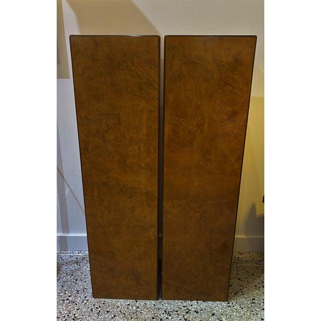 Vintage Drexel Heritage Pedestals Burlwood Restored - a Pair For Sale In West Palm - Image 6 of 11