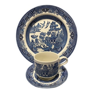 Vintage Churchill Blue Willow Partial Dinnerware Set- 3 Pieces For Sale