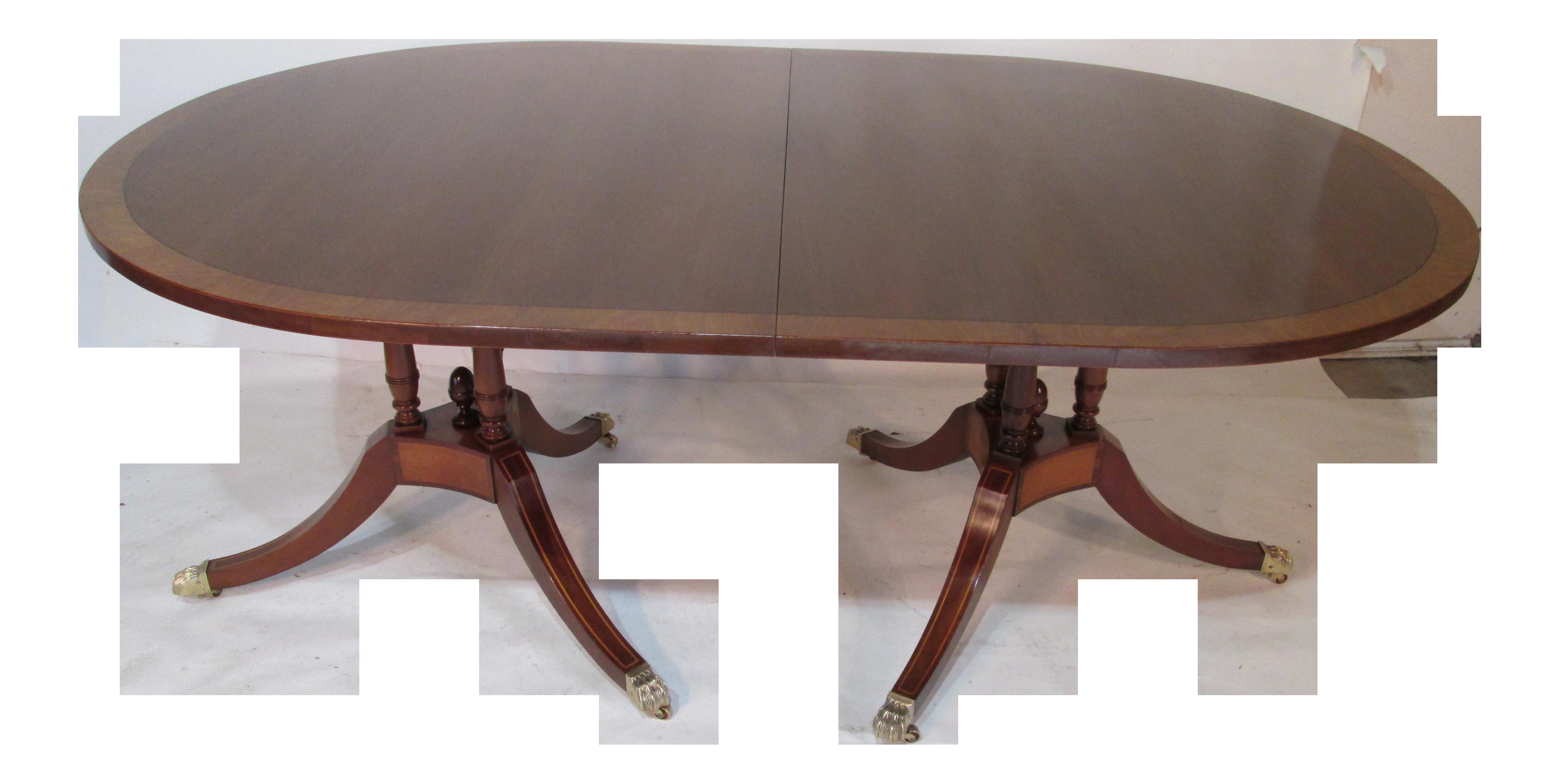 1940s Traditional Beacon Hill Mahogany Dining Table