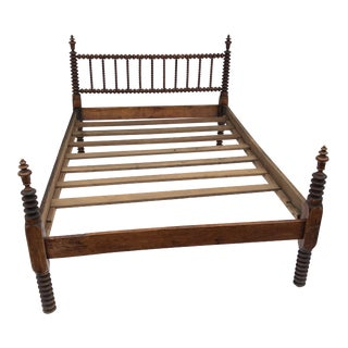 Early 20th Century Antique Spindle Bobbin Turned Wood Bedframe For Sale