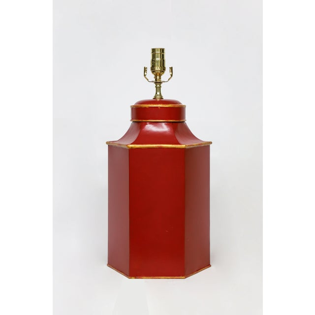 "Late 20th Century Vintage Red Painted Chinese Characters Tole Tea Caddy Lamp ""No.1"" For Sale - Image 5 of 7"