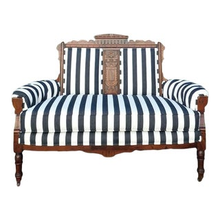 Late 19th Century Métro Victorian Eastlake Settee For Sale