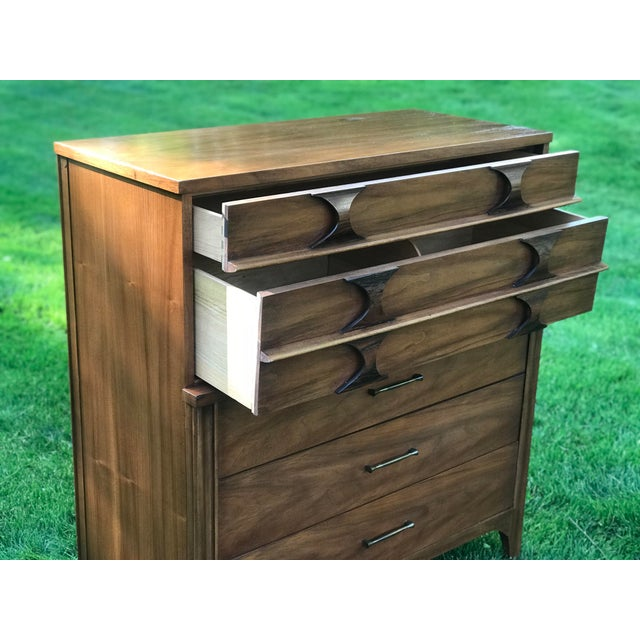 1960s Mid-Century Modern Kent Coffey Walnut & Rosewood Perspecta Highboy Dresser For Sale - Image 6 of 8