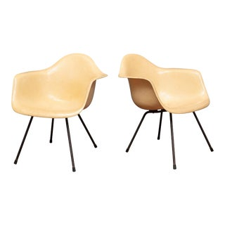 Charles Eames MAX Armshell Lounge Chairs For Sale