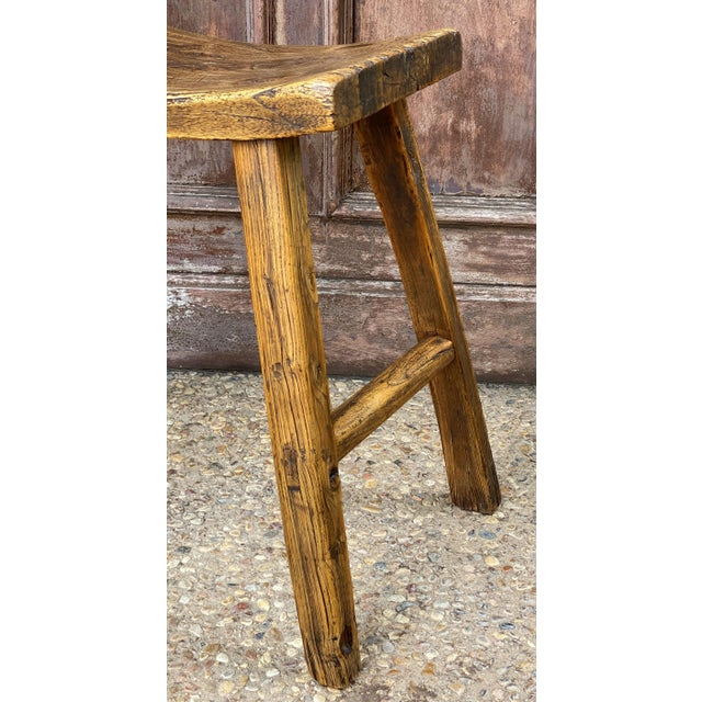 Rustic English Saddle Seat or Farm Stool of Elm For Sale - Image 3 of 13