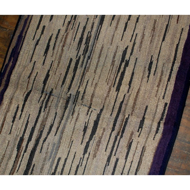 1900s Hand Made Antique American Hooked Rug - For Sale In New York - Image 6 of 7