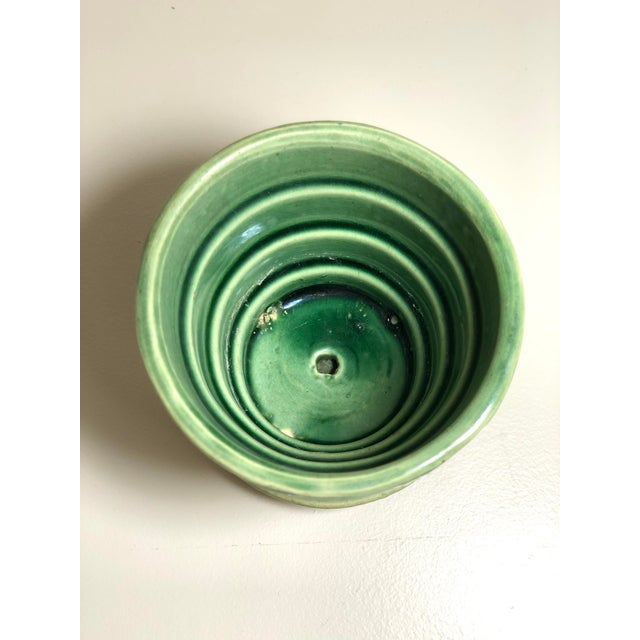 """Ceramic McCoy Pottery Small """"Green"""" Mid-Century Flowerpot and Saucer For Sale - Image 7 of 10"""