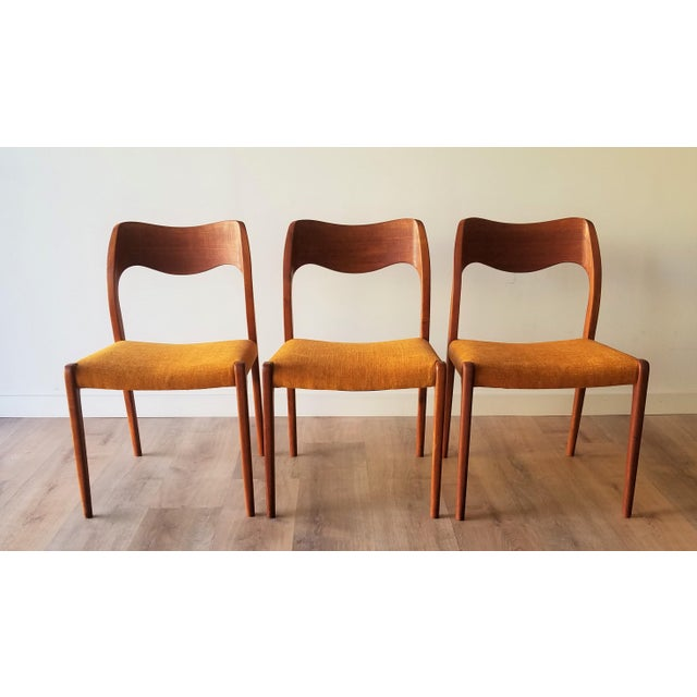 Newly Upholstered 1960s Niels Moller Model 71 Dining Chairs - Set of 6 For Sale - Image 11 of 13