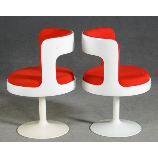 1970s 1970s Mid-Century Modern Red & White Easy Chairs - A Pair For Sale - Image 5 of 8