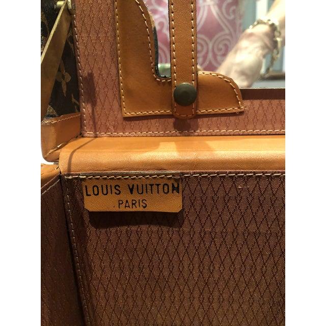 1970's Vintage Louis Vuitton Train Case For Sale - Image 11 of 12