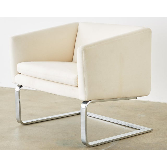 Mid 20th Century Selig Mid-Century Modern Cantilever Lounge Chairs - a Pair For Sale - Image 5 of 13