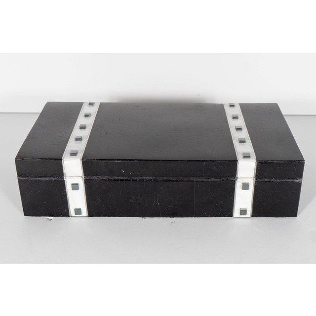 Black Lacquer Cracqueleur Box with Kabibi Inlay and Art Deco Square Motif For Sale - Image 9 of 11
