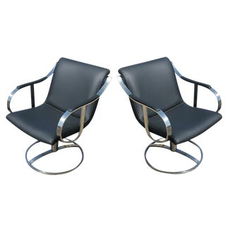 Pair of Gardner Leaver for Steelcase Swivel Black Leather Lounge Arm Chairs Mr9077 For Sale