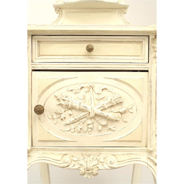 Traditional French Victorian White Bedside Commode For Sale - Image 3 of 5