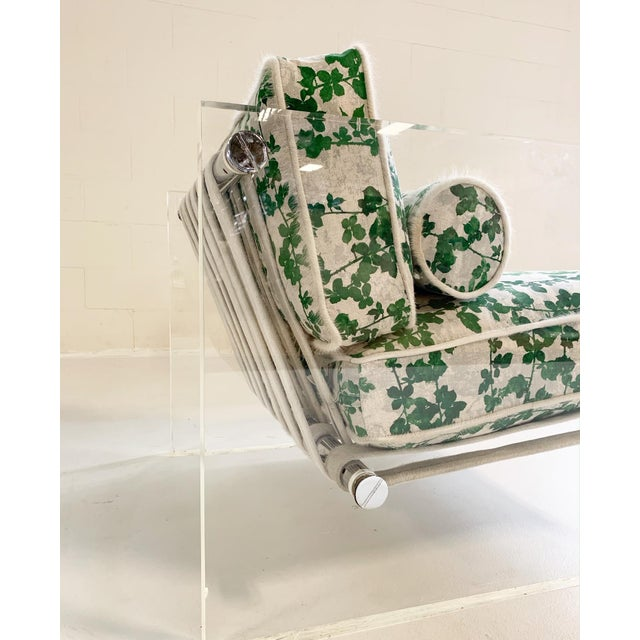 """Textile 20th Century Milo Baughman Lucite Slab Lounge Chair in Stevie Howell """"Brambles"""" For Sale - Image 7 of 13"""