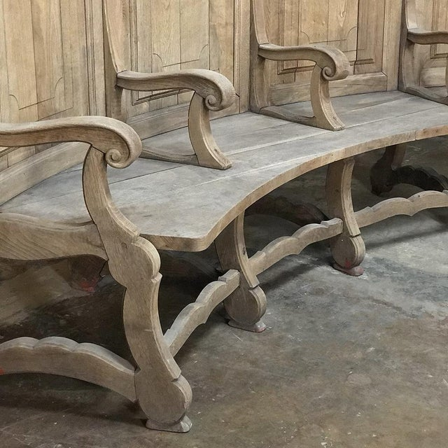 Oak 18th Century Rounded Foyer ~ Bay Bench For Sale - Image 7 of 10
