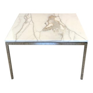 1960s Mid-Century Modern Knoll Carrara Marble Top Occasional Table For Sale