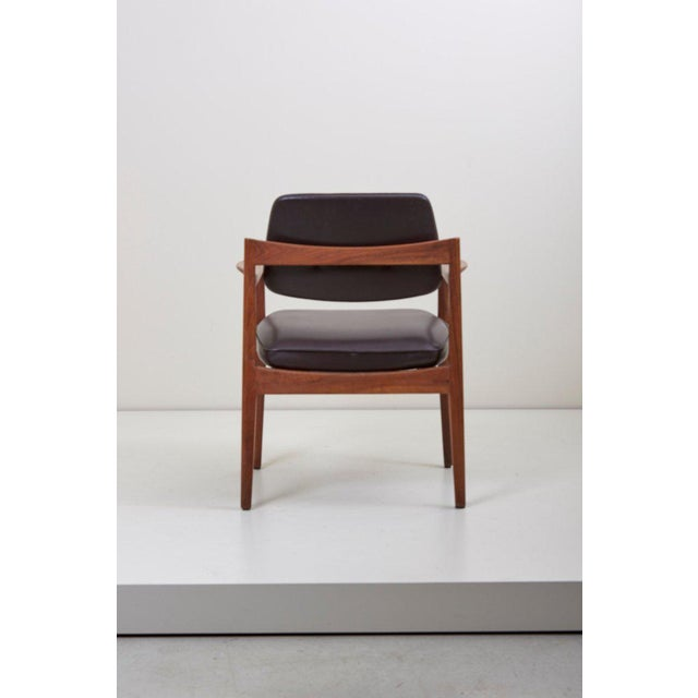 Jens Risom Jens Risom Armchair in Walnut and Leather by Jens Risom Inc. For Sale - Image 4 of 11