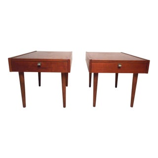 Vintage Modern Side Tables by j.b. Schiver for American of Martinsville, a Pair For Sale